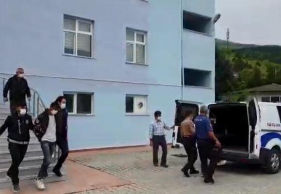Araç ve hayvan hırsızlığı şüphelileri tutuklandı