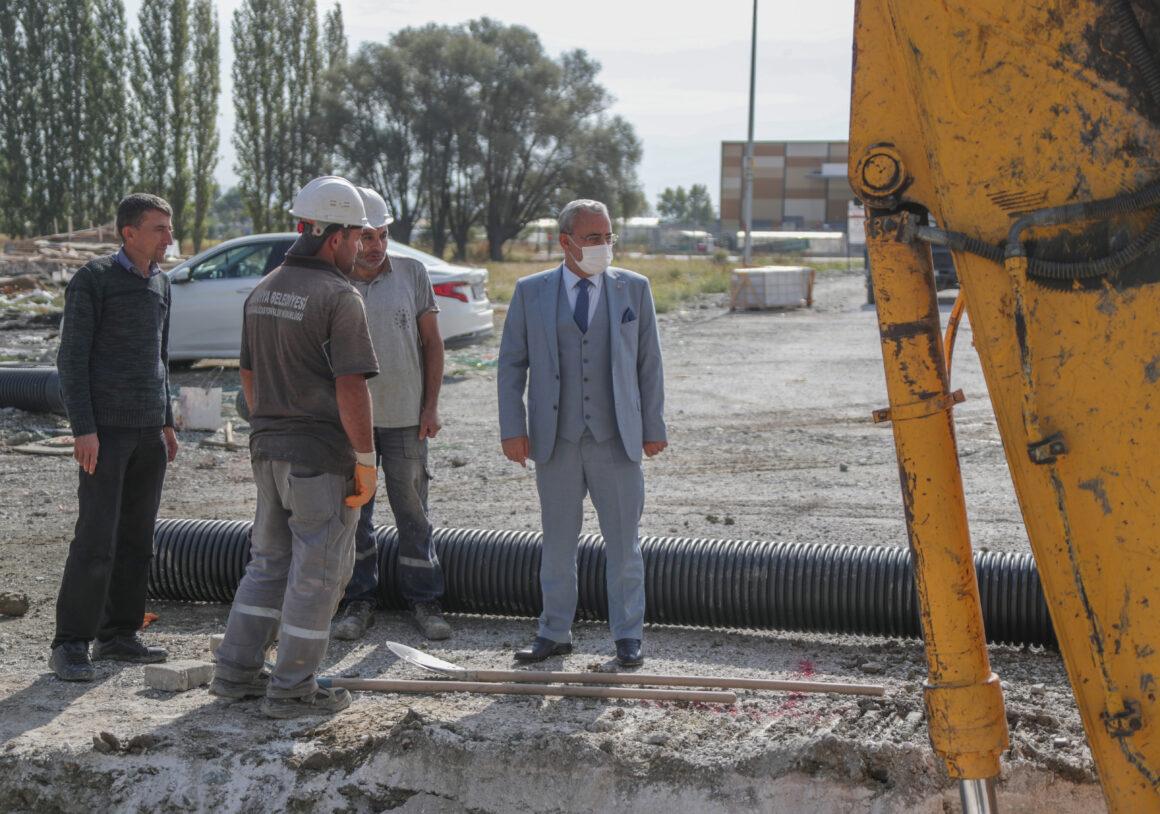 Yeni yerleşim yerleri kanalizasyon hattına kavuşuyor